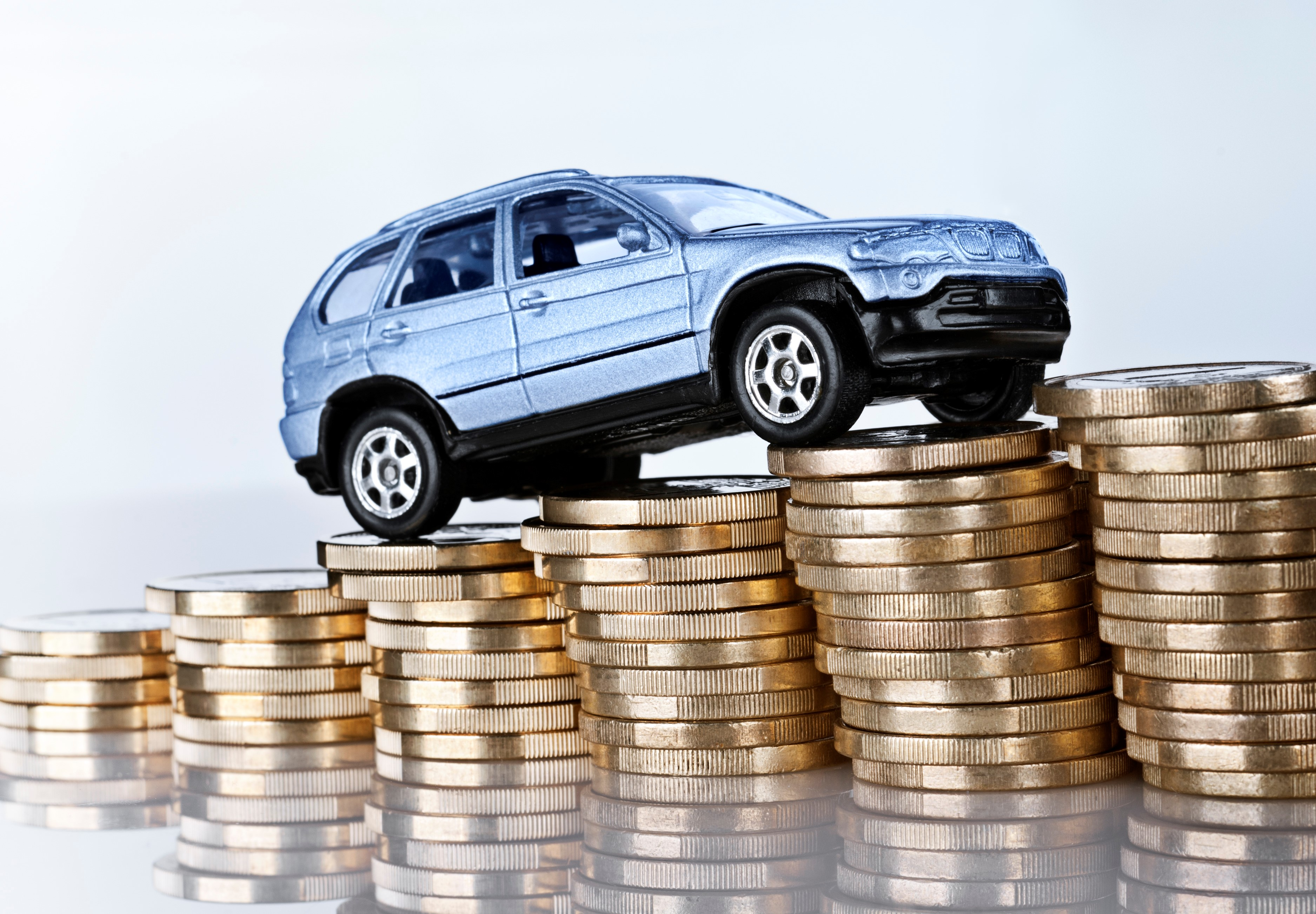 Top 10 Ways to pay less money on your car insurance