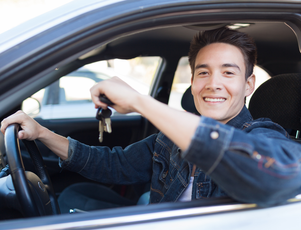 Calling All New Drivers: Five Tips to Improve Your Confidence on the Road